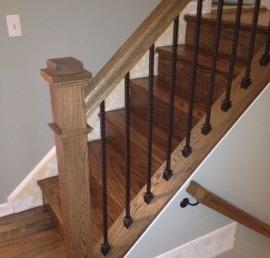 Дубовая балясина для лестниц
