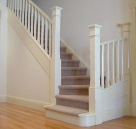 Балясина для лестниц из массива кедра