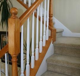 Деревянная балясина для лестниц из кедра