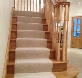 Деревянная балясина для лестниц из ясеня