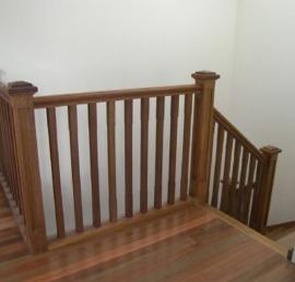 Балясина для лестниц из массива ясеня