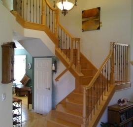 Деревянная балясина для лестниц из бука
