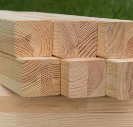 Клееный деревянный брус из дерева ореха