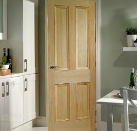 Сосновые двери на кухню