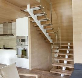 Липовые ступени для лестниц