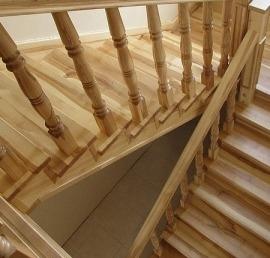 Ясеневые лестницы