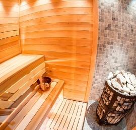 Деревянный полок для бани из ореха