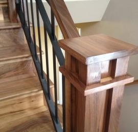 Поручни для лестниц из ореха