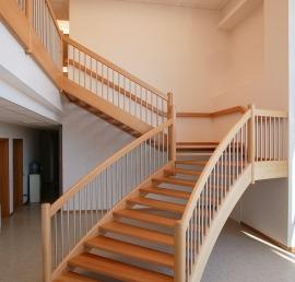 Для лестниц буковые ступени