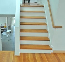 Дубовые ступени для лестниц