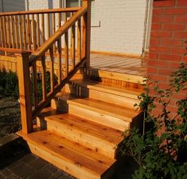 Для лестниц кедровые ступени