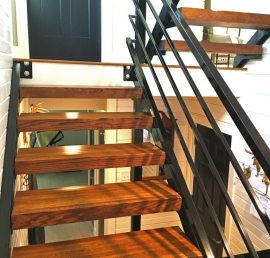 Кедровые ступени для лестниц