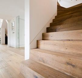 Лиственничные ступени для лестниц