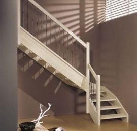 Ступени для лестниц из лиственницы