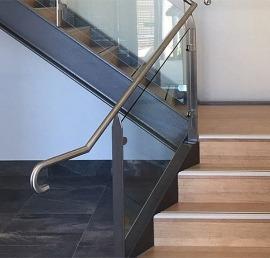 Ясеневые ступени для лестниц
