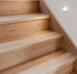 Ступени из ясеня для лестниц