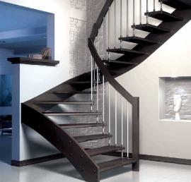 Тетива для лестниц из массива дуба