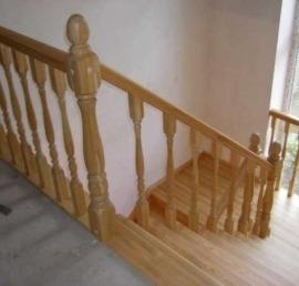 Деревянная Тетива для лестниц из лиственницы