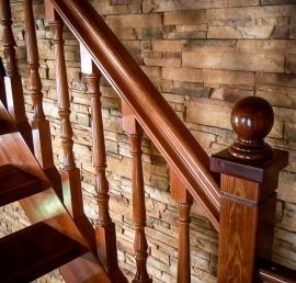 Тетива для лестниц из ореха