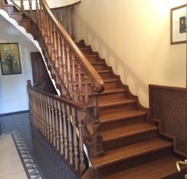 Тетива для лестниц из массива ясеня