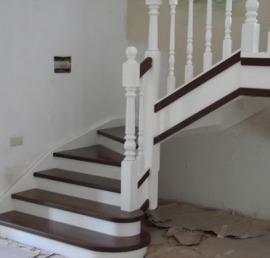 Деревянная Тетива для лестниц из ясеня